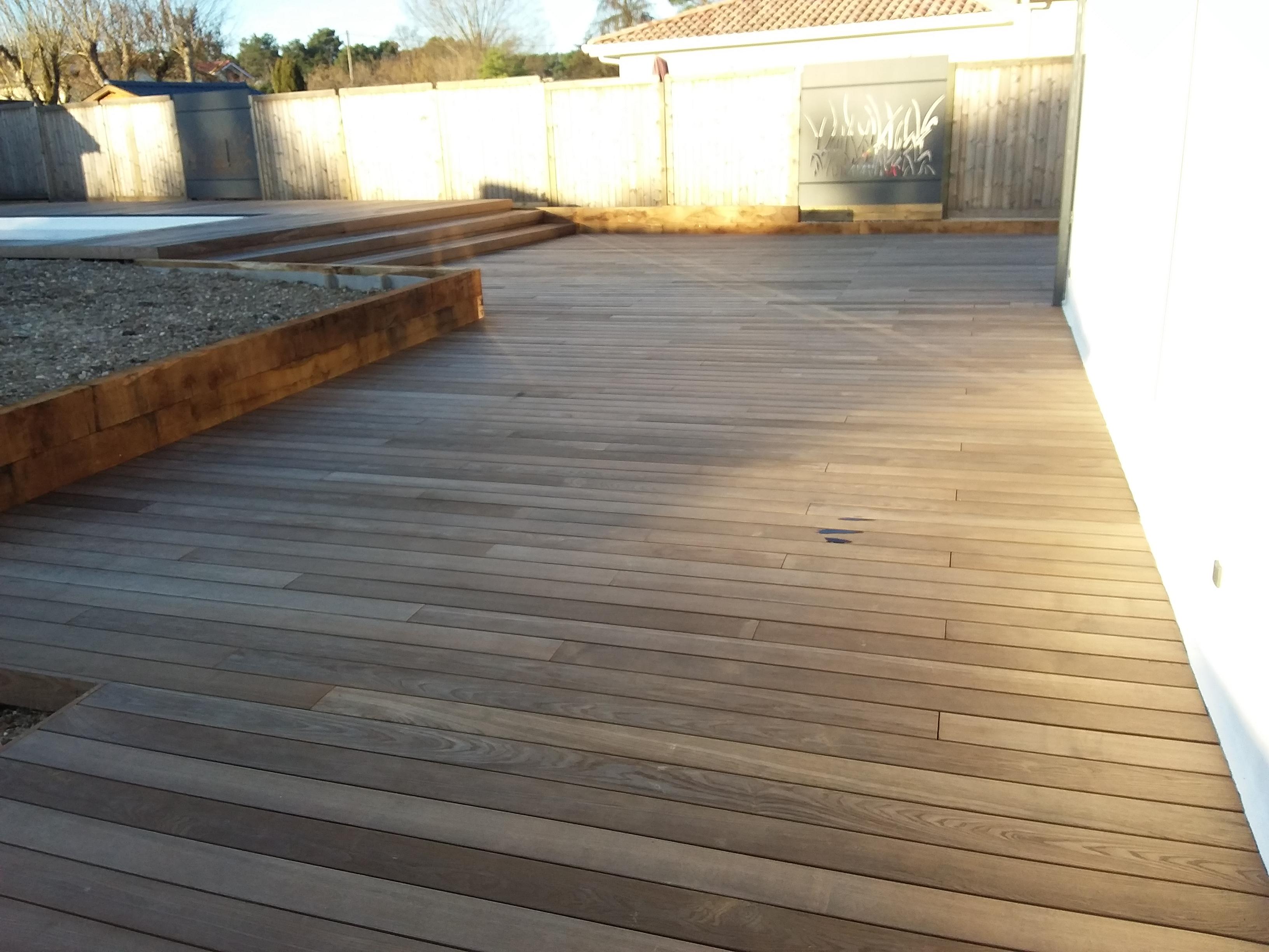 Terrasse bois sur structure en aluminium