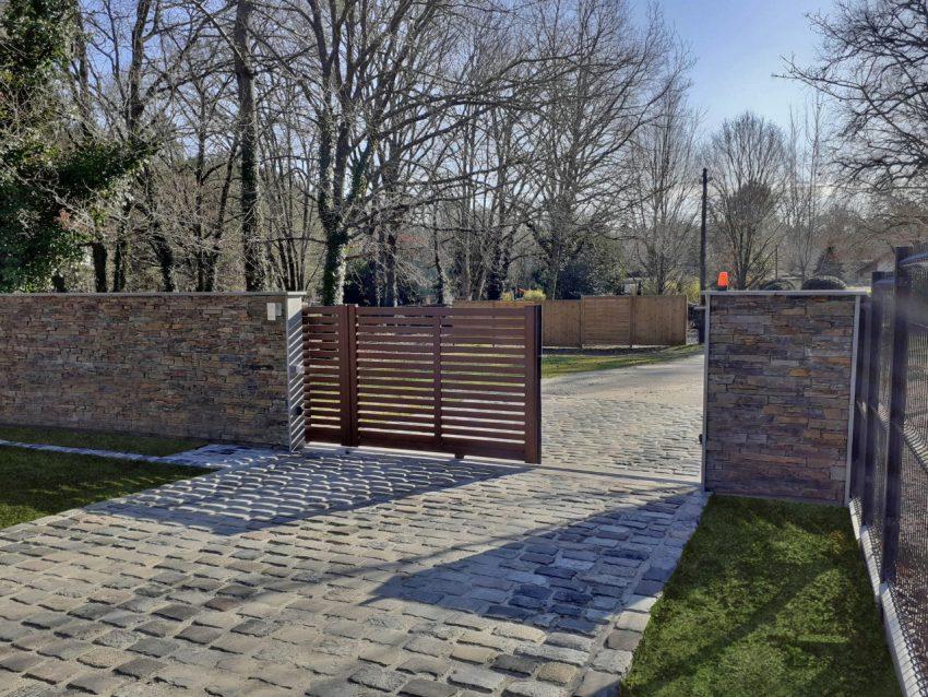 Puyau Paysages-portail coulissant-Saucats